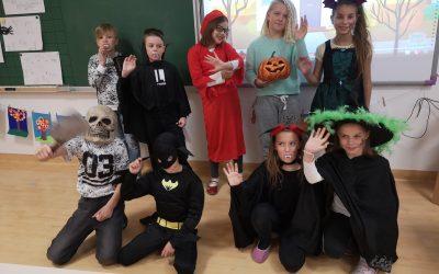 Halloween pri uri angleščine